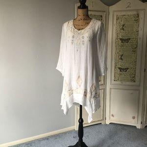 Monoreno white gauze split back boho dress NWT